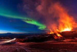 volcano and the northern lights in iceland 300x201 volcano and the northern lights in iceland