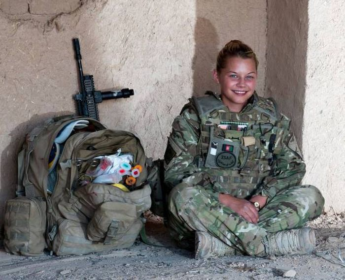 British Army combat medic in Afghanistan British Army combat medic in Afghanistan
