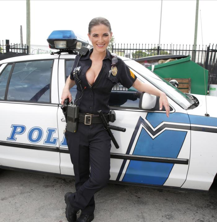 Molly Jane in COCK PURSUIT.jpg