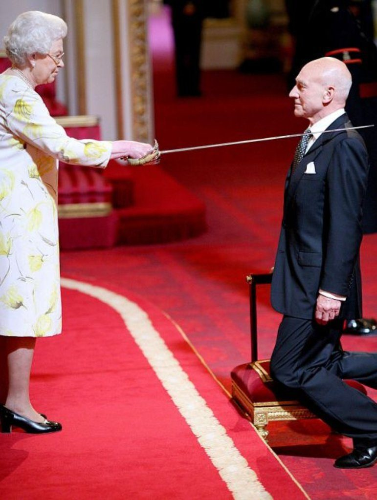 patrick stewart getting knighted