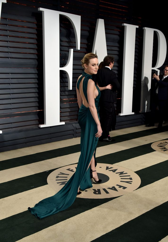 pxOw7DF4 711x1024 Brie Larson   2017 Vanity Fair Oscar Party