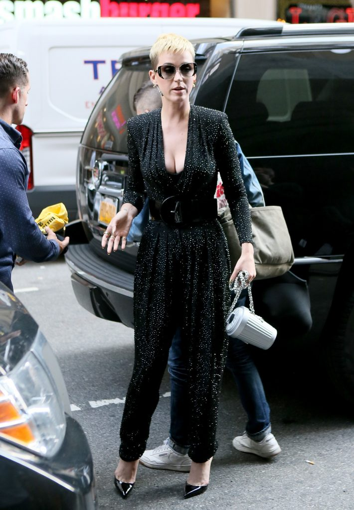 pkp005 86 710x1024 Katy Perry   Out and About In New York   May 19 2017