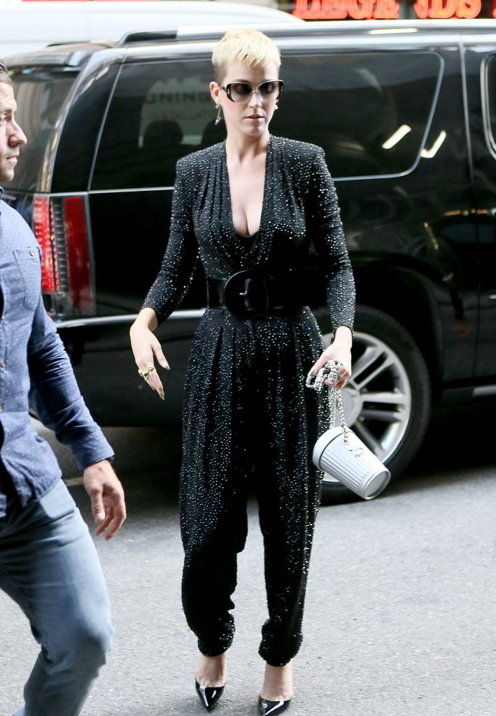 pkp017 60 709x1024 Katy Perry   Out and About In New York   May 19 2017