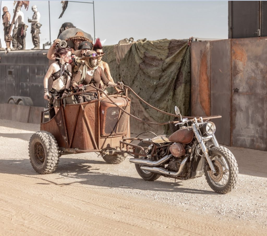 mad max chariot 1024x906 mad max chariot